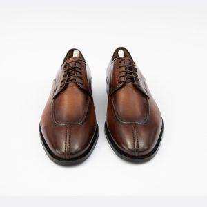 Pantofi maro cu sireturi din piele
