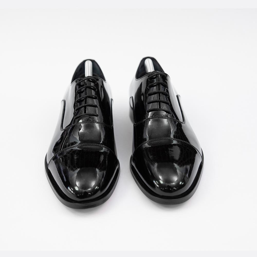 Pantofi negrii luciosi din piele Piatra Neamt